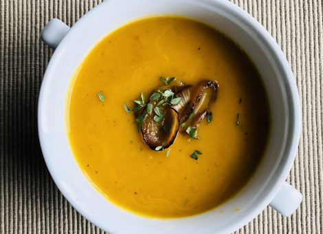 Butternut Squash Soup with Thyme and Rosemary